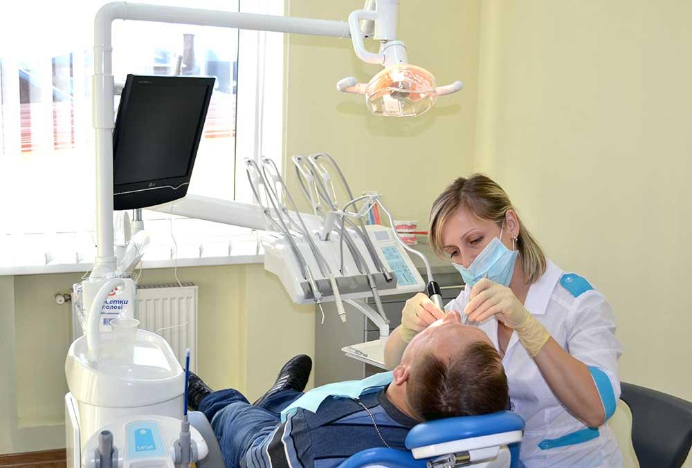 Лікування зубів у Вінниці, StomaLine